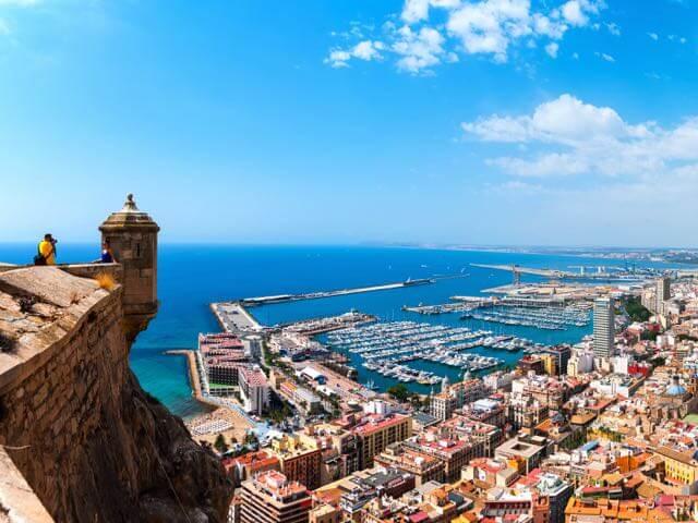 Book cheap flights to Alicante with eDreams