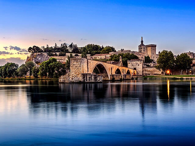 Book cheap flights to Avignon with eDreams