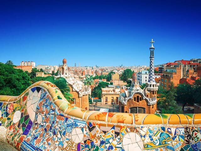Book cheap flights to Barcelona with eDreams