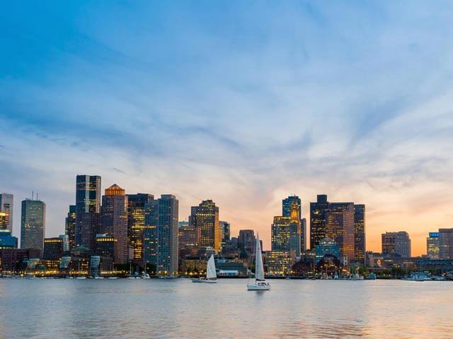 Book cheap flights to Boston with eDreams