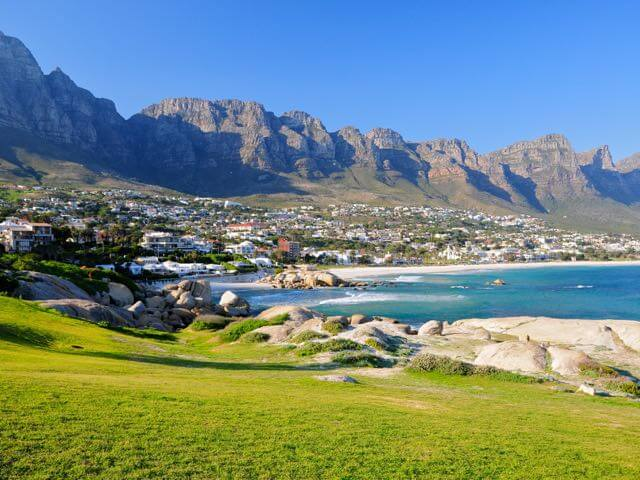 Book cheap flights to Cape Town with eDreams