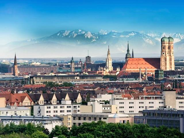 Book cheap flights to Munich with eDreams