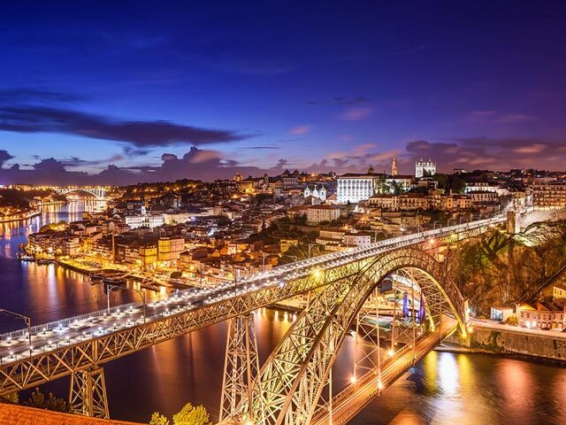 Book cheap flights to Porto with eDreams