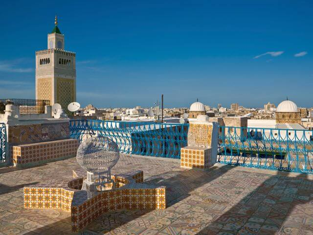 Book cheap flights to Tunis with eDreams