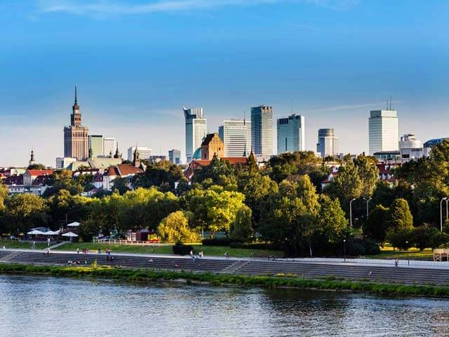 Book cheap flights to Warsaw with eDreams